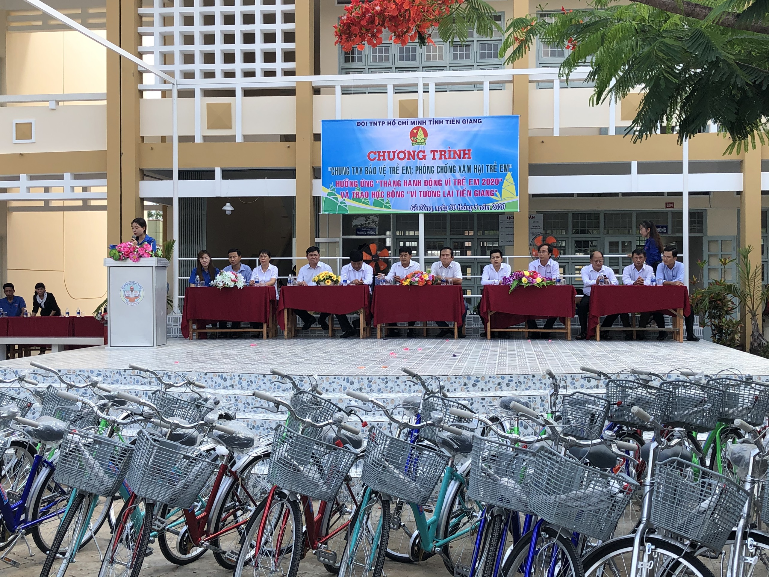 100 BIKES WERE DONATED TO POOR PUPILS IN BINH DONG SECONDARY SCHOOL, TIEN GIANG PROVINCE